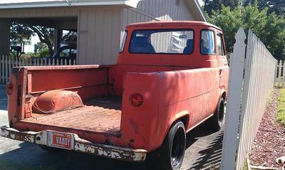 <font color=blue>Bill Thunderbolt's 1961 Econoline Pick Up</font>