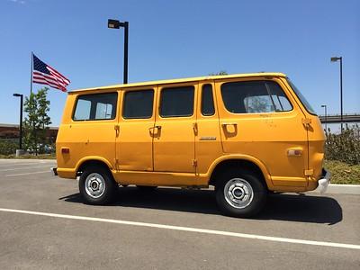 <font color=yellow>Morbank's '68 Handi-Van</font>