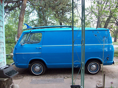 <font color=yellow>Little Doheny 1967 Chevy Van</font>