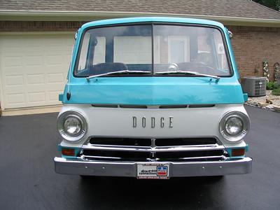 <font color=turquoise>pentastar66 Dodge A-100 pick-up</font>